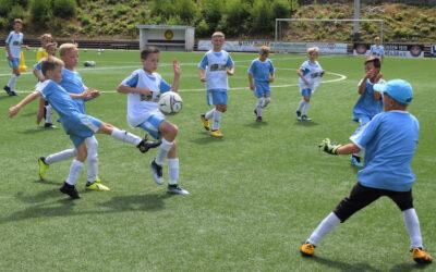 Drittes Fußballcamp eine runde Sache